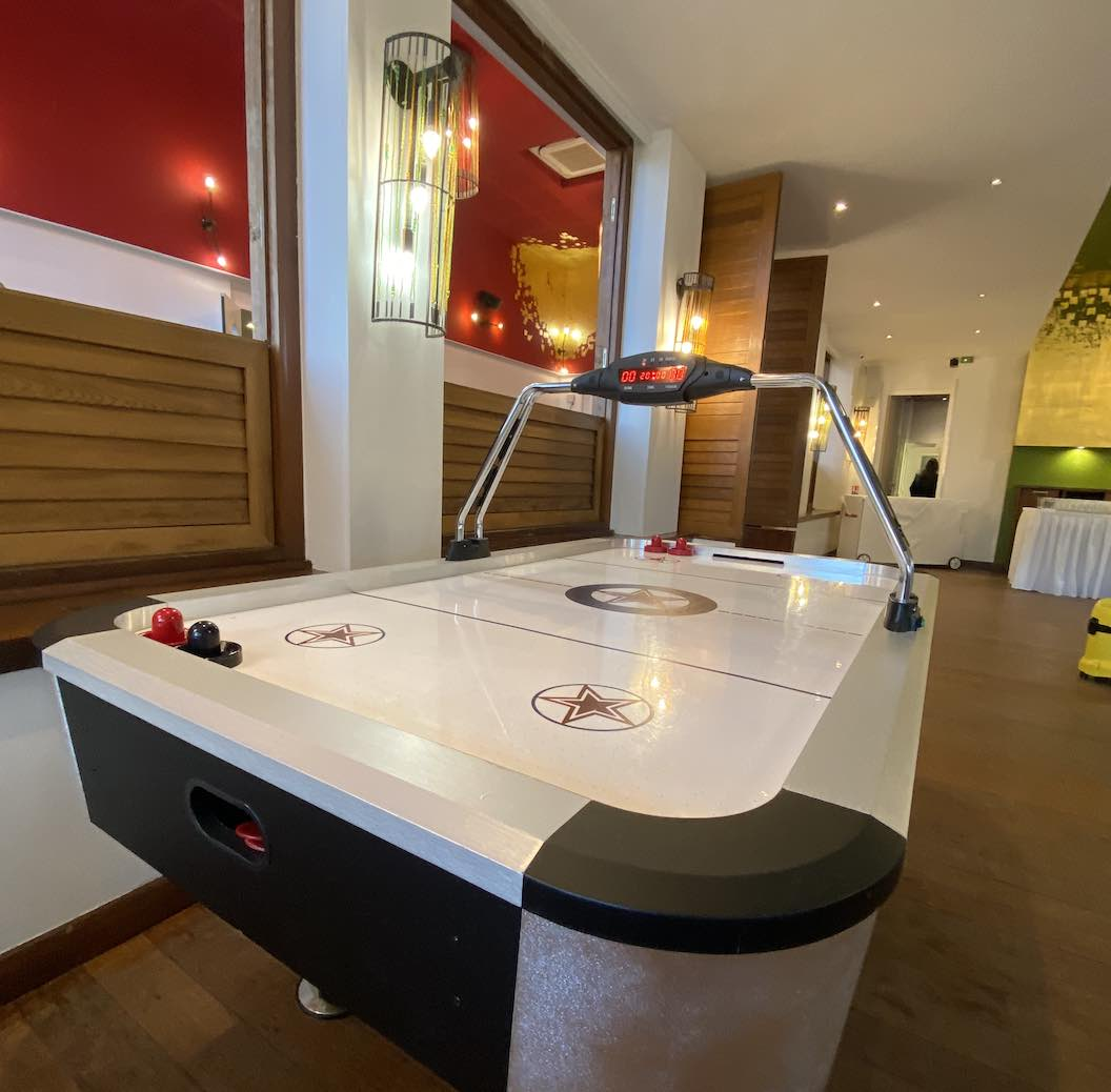 location-air-hockey-