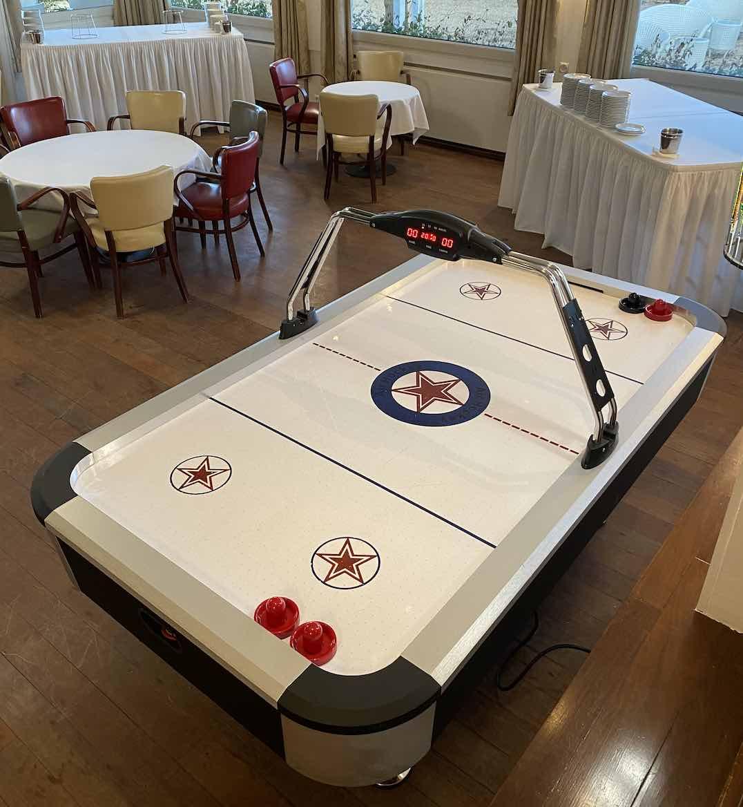 location-air-hockey