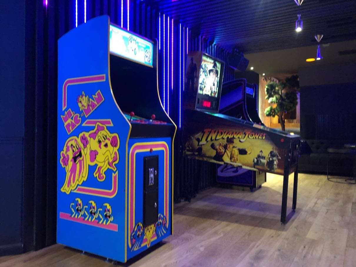 location borne arcade miss pacman