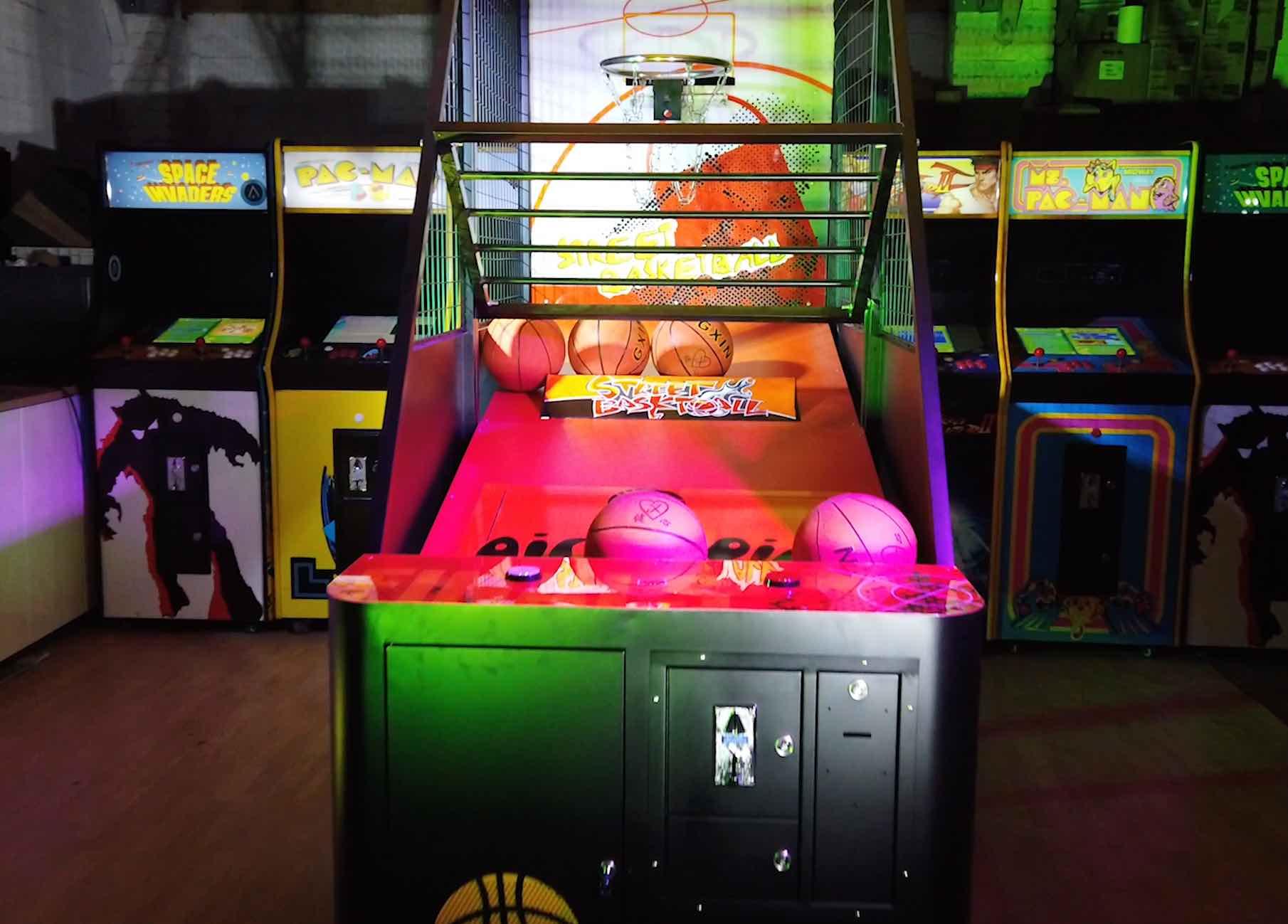 Location arcade street basket 53 3