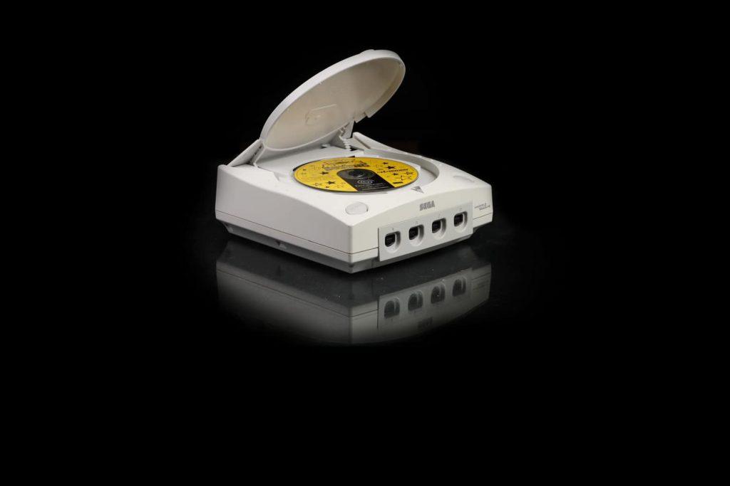 console retro sega Dreamcast  1024x683